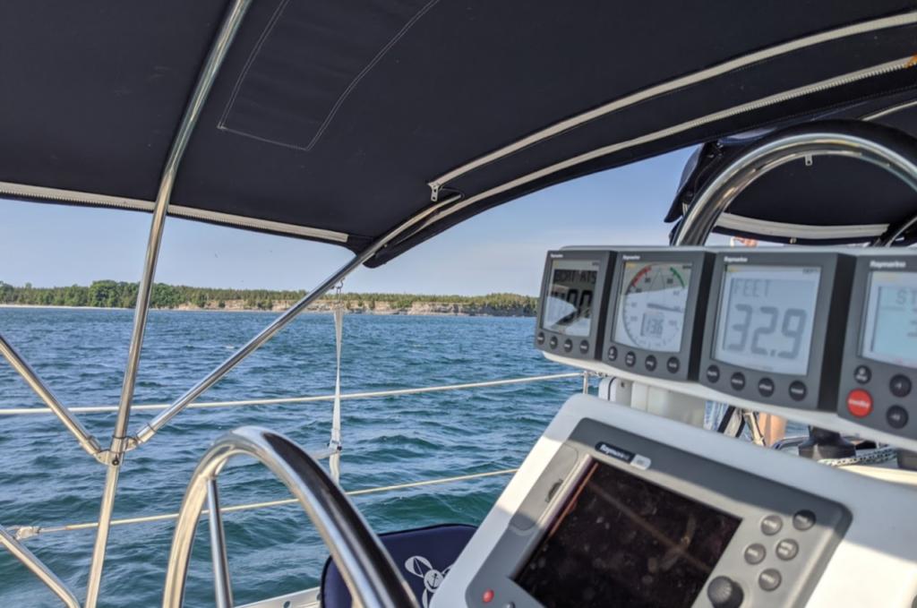 Leaving anchor near Waupoos