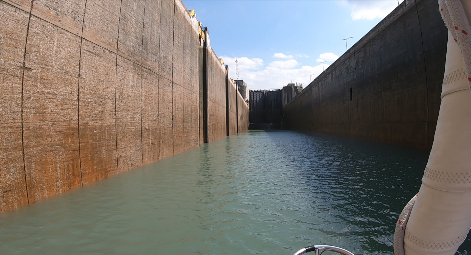 entering lock at welland canal